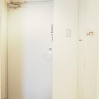 玄関はシンプルに。※写真と文章は前回募集時のものです※