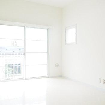 ホワイトなデザイナーズのお部屋。※写真と文章は前回募集時のものです※
