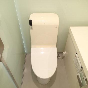 トイレもこちらにあります