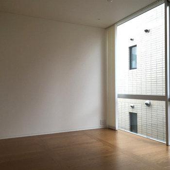 5.7帖の洋室。※写真は別部屋(1LDK)のプランです