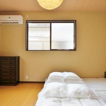 広々として、窓も2階は3つあるので風通しがいいです