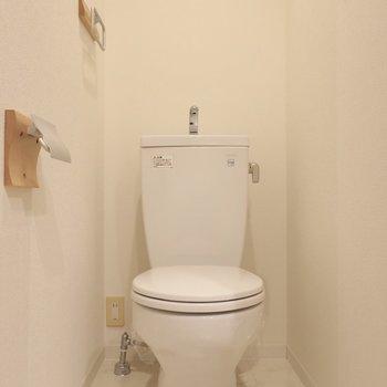 トイレも素敵な雰囲気♡(※写真は4階の同間取り別部屋のものです)