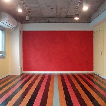 床のデザインもアクセントになってる。