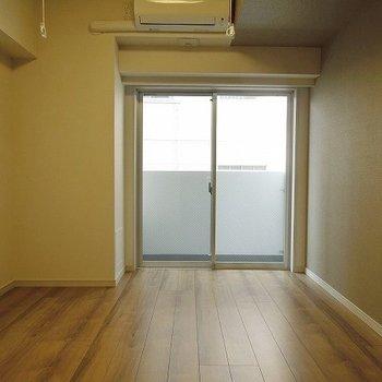 お部屋はとってもきれい ※写真は別部屋です