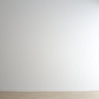 壁に絵なんか飾ったりしたい。