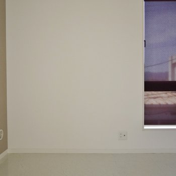 洋室はベッドが十分置ける広さ♪※写真は前回の募集時のもの
