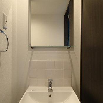洗面台は小さいけどかっこいい!※写真は前回募集時のものです