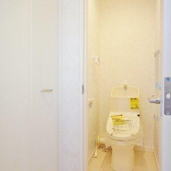 トイレも個室です!