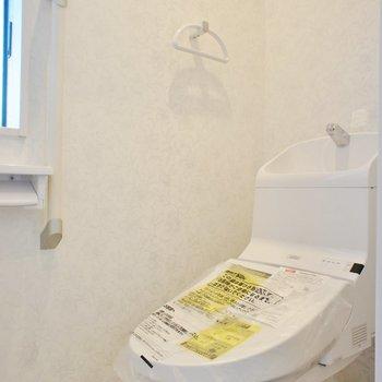 温水洗浄便座付きのトイレ※写真は前回募集時のものです
