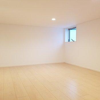 そしてロフトが広い...!※写真は2階の反転間取り別部屋のものです