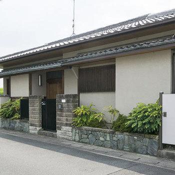 桃山南口の平屋