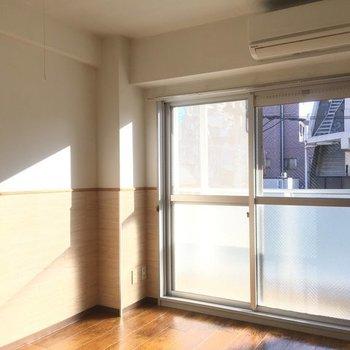 壁がカワイイ〜〜※写真は4階の同間取り別部屋です
