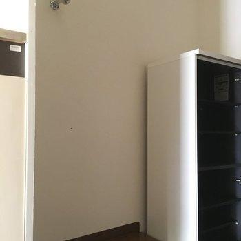 洗濯機置場はキッチン横に!※写真は4階の同間取り別部屋です
