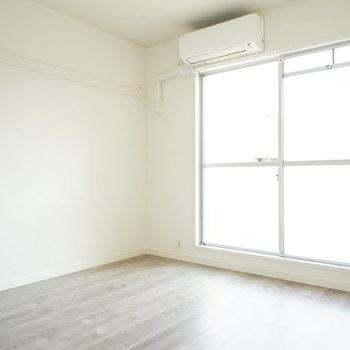 もう1つの寝室!こちらも使いやすい空間◎