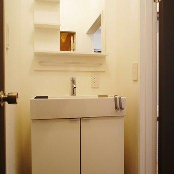 洗面台は新設!