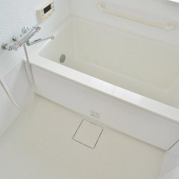 お風呂は2階にあります!