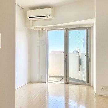 扉を開けると爽やかな雰囲気。