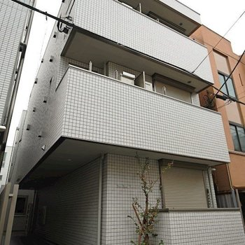 FIRST HOUSE AZUMABASHI