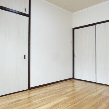 洋室は6帖と、程よい広さです。