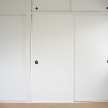 扉がたくさんありますね。