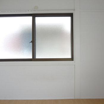 窓が2面もあります。