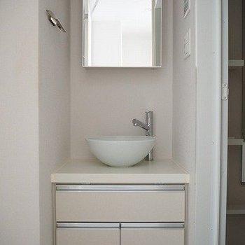 洗面台※写真は別室、同タイプになります。