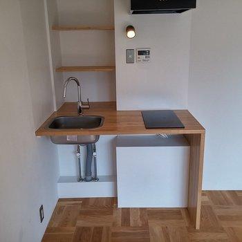 キッチンはIH2口です