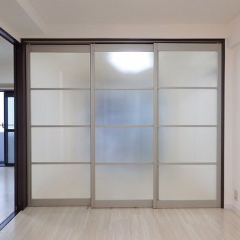 スライドドアを閉めて使うこともできます。