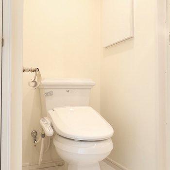 トイレも外国っぽくて素敵!