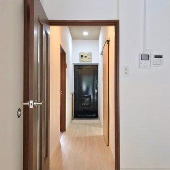 廊下側にも、もう1部屋あります。