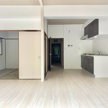 真っ白で家具も合わせやすい!