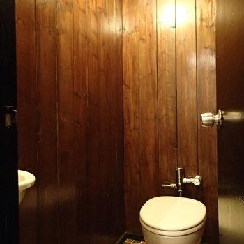 トイレも独特!