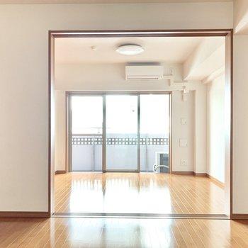大きなクローゼットが自慢なの!※写真は3階の同間取り別部屋のものです
