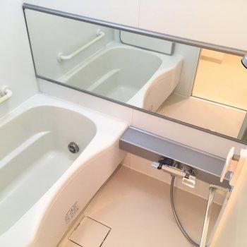 浴室乾燥機のあるバスルーム※
