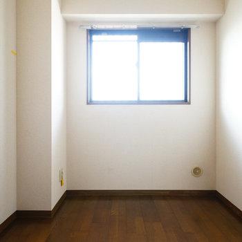 4.1帖の寝室はこちら。※写真は工事前です