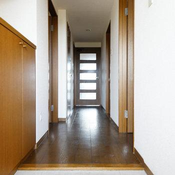 ゆったり玄関!※写真は工事前です