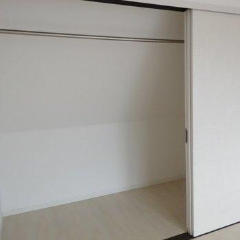 たくさん物を詰め込みましょう※写真は別部屋です、間取り図をご確認下さい。