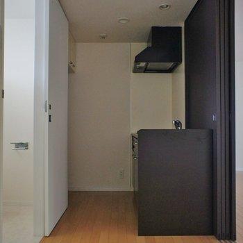 キッチンはこんなスペース※写真は別部屋です