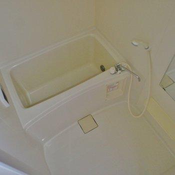お風呂も普通な感じでずが設備は◎※写真は別部屋です