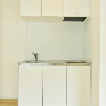 部屋に馴染むキッチン※写真は前回募集時のものです