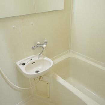 浴室はクリーニングして綺麗!