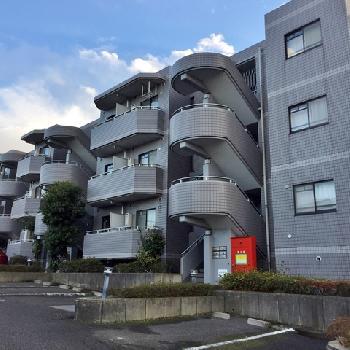 ロイヤル二俣川B棟