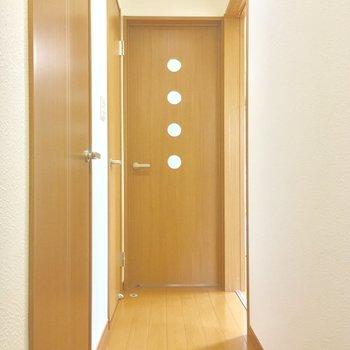 寝室には廊下からアクセス※写真は前回募集時のものです
