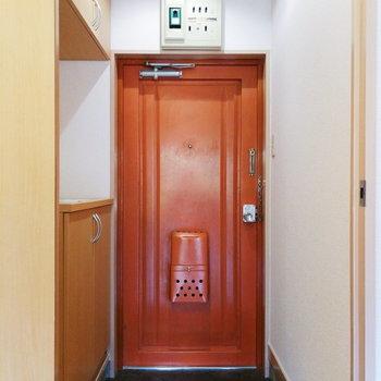 この玄関ドアがかわいいのです。