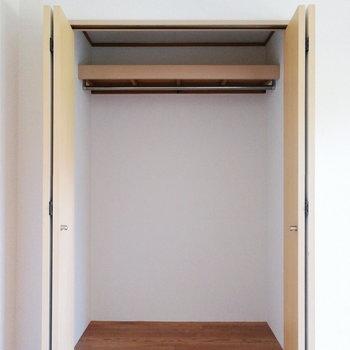 【洋室②】ボックス収納もあると便利。