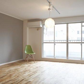 どんな家具にも合う床材※イメージ写真です