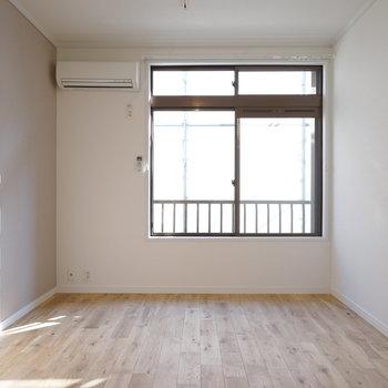 寝室にも無垢のフローリングを※イメージ写真です