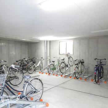 室内にある自転車置き場が嬉しい