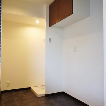 キッチン後ろに広めの空間