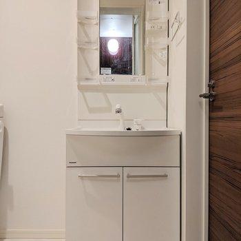 収納力が高い洗面台です※写真は前回募集時のものです